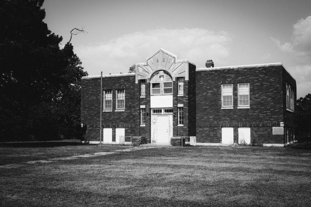 Built in 1931, this old school is an example of a black and white Across setting on Fuji Cameras. Shot with an Fuji X-E4 and XF 27mm f/2.8.